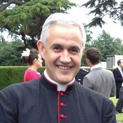 The Revd Canon Dr Robin Ward